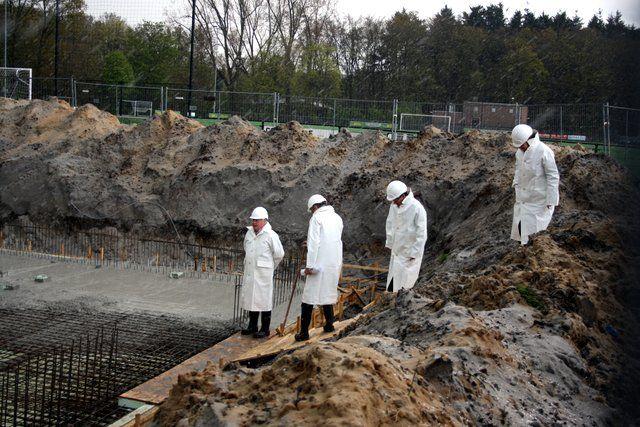 feestelijke-eerste-betonstorting-nieuwbouw-wasmeer-26-4-2016-60